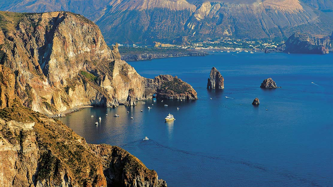 Breathtaking view of Eolie Island, Sicily - 20 Regions of Italy