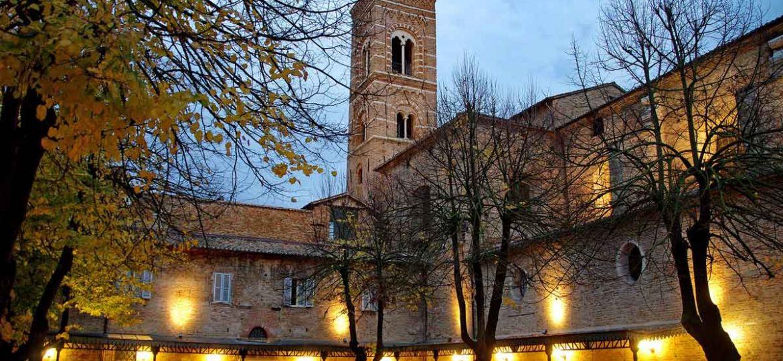 campanile-marche-20regions-of-italy